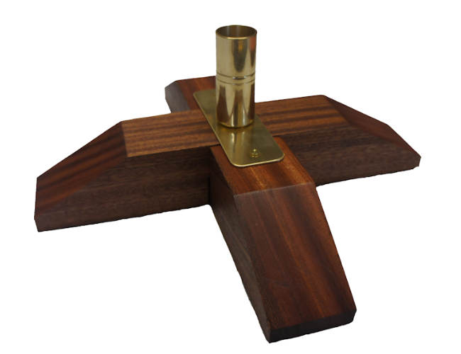 wooden flagpole base |stand